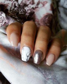 Marble & Chrome Nails