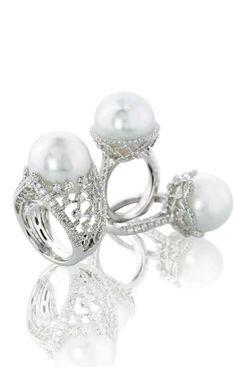 Perle | Digo Valenza | La Beℓℓe ℳystère | Pearl and Diamond Ring