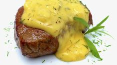 This bernaise sauce recipe is one of my most favorite steak sauces ever! Bernaise (or béarnaise in French) sauce is not an easy one to make because it takes quite some time and patience to prepare Bernaise Sauce, Steak Recipes, Cooking Recipes, Grilling Recipes, French Sauces, Meat Restaurant, Sous Vide Cooking, Side Recipes, Dressings