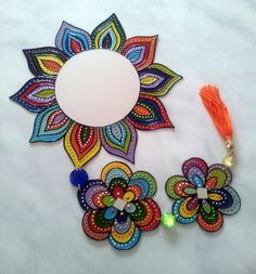 Dot Art Painting, Acrylic Wall Art, Mandala Painting, Diy Canvas Art, Diy Crafts For Home Decor, Cd Crafts, Flower Crafts, Creative Crafts, 7 Chakras