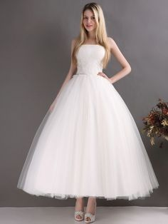 Cheap dresses canada, Buy Quality dresses and evening gowns directly from China dress lilac Suppliers: Ball Gown Ankle Length Wedding Dress Strapless Lace Tulle Simple Design Short Bridal Gowns Custom Size Vestido De Noiva Wedding Dress Trends, Gorgeous Wedding Dress, Princess Wedding Dresses, Tulle Wedding, Dream Wedding Dresses, Wedding Gowns, Princess Bridal, Bridal Skirts, Bridal Gowns