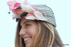 Turbante de Mimoki, disponible en alquiler en La Pera Limonera