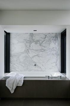 The bathroom inside the Lucerne House by Daniel Marshall Architects.