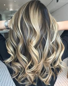 Brunette Balayage for Thick Hair - 50 Cute Long Layered Haircuts with Bangs 2019 - The Trending Hairstyle Brown Blonde Hair, Brunette Hair, Onbre Hair, Biolage Hair, Curly Hair Styles, Natural Hair Styles, Face Shape Hairstyles, Haircut For Thick Hair, Balayage Hair