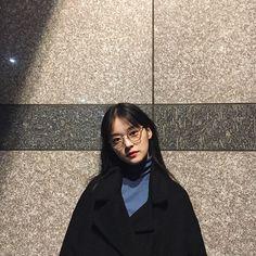 44 Ideas fashion asian girly ulzzang for 2019 Ulzzang Korean Girl, Cute Korean Girl, Asian Girl, Look Fashion, Korean Fashion, Ulzzang Fashion, Pretty People, Beautiful People, Girl Korea