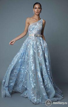 4f6e1579ee4a Лучших изображений доски «BERTHA»  884 в 2019 г.   Bridal dresses ...