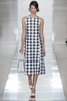 A graphic reinterpretation of checkered print. Marni Spring 2013 xoxo, k2obykarenko.com