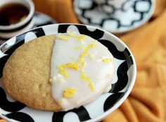 Looking for Fast & Easy Cake Recipes, Dessert Recipes! Recipechart has over free recipes for you to browse. Find more recipes like Lemon Glazed Southern Tea Cakes. Just Desserts, Delicious Desserts, Cake Recipes, Dessert Recipes, Lemon Recipes, Dessert Ideas, Light Snacks, Recipe Finder, Cupcake Cookies