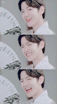 Meu Deus, Baekhyun!!!! Eu amo demais esse sorriso   Moon Lovers ❤