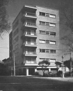 Edificio del apartamentos, esquina de Álvaro Obregón y Medellín, Col. Roma, México DF 1948  Arq. Gustavo Struck -  Apartment building, Colonial Roma, Mexico City 1948