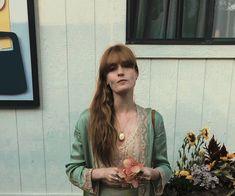 Estilo Florence Welch, Florence Welch Style, Kari Jobe, Pentatonix, Sara Bareilles, Imagine Dragons, Change, Ukulele, Goth Look