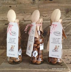 Sinterklaas cadeau All Things Christmas, Christmas Holidays, Christmas Gifts, Christmas Decorations, Best Friend Gifts, Best Gifts, Saints For Kids, Saint Nicholas, December Daily