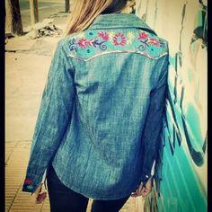 Camisa de jean bordada #onelove #Hippiechic #ss15 #bohostyle #bohemian