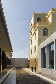 Image 1 of 42 from gallery of Gallery: OMA's Fondazione Prada Photographed by Laurian Ghinitoiu. Photograph by Laurian Ghinitoiu Rem Koolhaas, School Architecture, Architecture Details, Modern Architecture, Industrial Architecture, Driving In Italy, Architectural Association, Famous Architects, Art Design