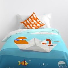 Duvet cover cotton with 150 thread count Include a nice decorative cushion cover Closure with hidden plastic snap fasteners. Bed Pillows, Cushions, Linen Bedding, Happy Friday, Comforters, Duvet Covers, Pillow Cases, Adventure, Blanket
