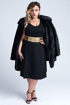 Dana | Pedimos para 10 mulheres usarem o mesmo vestido e aqui estão os resultados