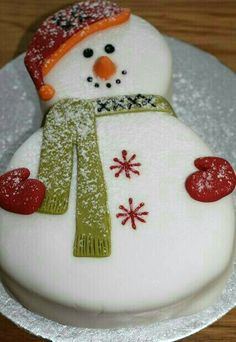 12 Of The Most Amazing Christmas Cake Decorating Ideas . Christmas Sweets, Christmas Cooking, Christmas Goodies, Christmas Cakes, Christmas Christmas, Christmas Birthday Cake, Xmas Cakes, Christmas Wedding, Holiday Cakes