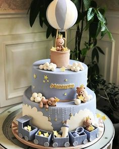 Baby Shower Cakes - Cute bear cake with hot air balloon! Torta Baby Shower, Baby Shower Cakes For Boys, Baby Boy Cakes, Boy Baby Shower Themes, Baby Boy Shower, Baby Boy Birthday Cake, First Birthday Cakes, Teddy Bear Cakes, Cupcakes
