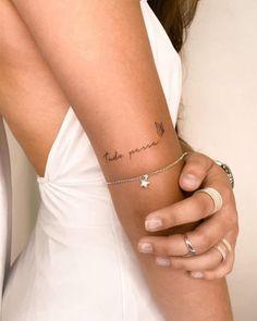 Classy Tattoos, Subtle Tattoos, Simplistic Tattoos, Dainty Tattoos, Feminine Tattoos, Mini Tattoos, White Tattoos, Tiny Tattoos For Girls, Wrist Tattoos For Women