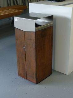 afvalbak Locatie:-- Ontwerp: Grijsen Datum van foto:15-09-2014 fotograaf en bron: Hanneke Beijleveld #grijsen #afvalbak