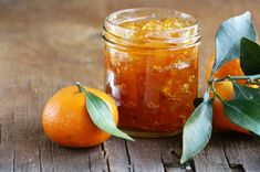 A twist on the usual, this tangerine marmalade recipe is less bitter than standard marmalade. You might even call it tangerine jam. Without the bitter peels, this becomes a much smoother spread. Methods Of Food Preservation, Ginger Jam, Chutney, Fruit Preserves, Mushroom Gravy, Jam And Jelly, Vegetable Drinks, Healthy Eating Tips, Diet