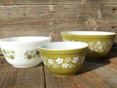 Spring Blossom Green mixing bowls 1970s - ? ID# 401 (1.5 pt), 402 (1.5 qt)and 403 (2.5 qt) picked from a local seller in Newton, NC on 3/29/12 for $4.00