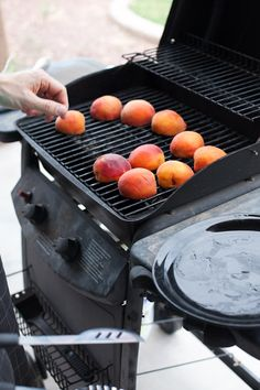 Here's how to grill peaches and serve with cinnamon whipped cream. Delicious. A crowd pleaser for your Summer party. Get the instructions and try them!