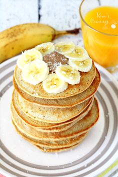 GF and DF. So super easy and yummy- these Banana Oat Blender Pancakes come together in about 5 minutes and are full of nutritious goodness! can use any non-dairy milk Banana Oat Pancakes, Banana Oats, Oat Flour Pancakes, Cheddar, Clean Eating Recipes, Cooking Recipes, Bananas, Clean Eating Plans, Good Food