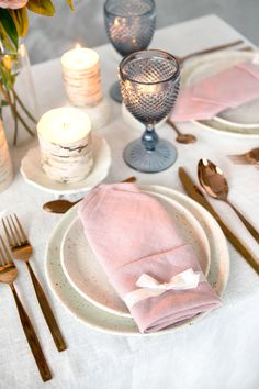 Cute Mother's Day Placesetting | tablescape ideas