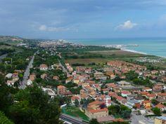 Uitzicht over de kust vanaf Torre di Palme
