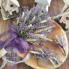 En güzel gelin çiçeği modelleri için 05453768273 den ulaşabilirsiniz www.gelinbuketleri.com Happy Hippie, Floral Bouquets, Hair Pieces, Christmas Wreaths, Wedding Inspiration, Hair Accessories, Floral Hair, Quilts, Holiday Decor