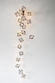 Himmeli miniature light strand / modern geometric sculpture, via Etsy. Mobiles, Origami, Do It Yourself Inspiration, Design Inspiration, Diy Décoration, Diy Crafts, Geometric Sculpture, Geometric Art, Deco Originale