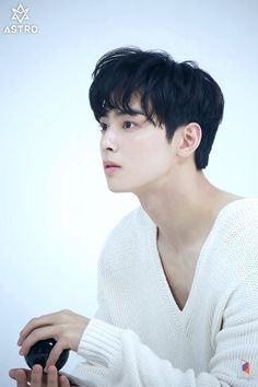 Behind the scenes of Cha Eunwoo Singles Magazine ( July 2019 issue ) photoshoot Korean Male Actors, Korean Idols, Korean Men, Cha Eunwoo Astro, Good Looking Actors, Lee Dong Min, Ulzzang Korea, Sanha, Korean Singer