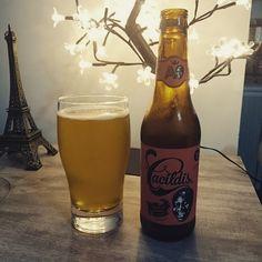 Amanhã é segunda-feira... Cacildes!!! O jeito é aproveitar do presente de aniversário que a linda @milenedamata me deu! Obrigado amor!!! #cerveja #beer #cacildes #domingo