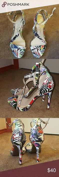 Jessica Simpson heels Jessica Simpson multicolored heels. good condition Jessica Simpson Shoes Heels
