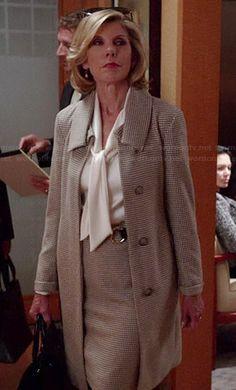 Diane's houndstooth coat on The Good Wife 60 Fashion, Fashion Over 50, Work Fashion, Fashion Looks, Fashion Outfits, Diane Keaton, Meryl Streep, Emma Stone, Business Attire