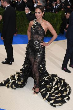 Here, every look from the 2017 Met Gala red carpet. Pictures Of Halle Berry, 15 Dresses, Formal Dresses, Rihanna Love, Met Gala Red Carpet, Sheer Dress, Diane Von Furstenberg, Celebrity Style, Glamour