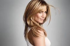 Als Jennifer Aniston de roddelpers haalt, is het ofwel met haar privéleven (Wanneer gaat ze nu eens eindelijk trouwen met Justin Theroux! Waarom heeft ze n...