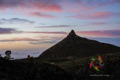 Sunrise Roque Imoque #sunrise   #hikingtenerife #hiking #trekking #landscape #outdoors  #vilaflor #fotostenerife  #tenerifesenderos #senderismo #skylovers #naturlovers