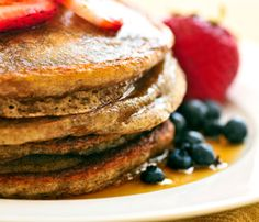 Do you love to eat pancakes and want to learn some innovative low-calorie recipes? This article will give you an insight about buckwheat and some easy recipes for preparing low-calorie delicious pancakes by using it. Flax Seed Pancakes, Whole Wheat Pancakes, Buckwheat Pancakes, Sweet Potato Pancakes, Pancakes And Waffles, Carrot Pancakes, Buckwheat Gluten, Paleo Pancakes, Oatmeal Pancakes