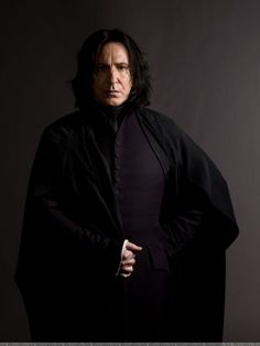 Professor Severus Snape (Alan Rickman) - terrifying teacher of the dark arts at Hogwarts in the Harry Potter series who sides with evil to do the right thing. Alan Rickman in general plays good villain roles. Alan Rickman Severus Snape, Professor Severus Snape, Snape Harry, Harry Potter Severus Snape, Severus Rogue, Draco, Harry Potter Poster, Rogue Harry Potter, Harry Potter Characters