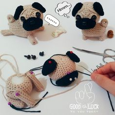 Crochet Doll Clothes Crochet Dolls Crochet Yarn Crochet Gifts Cute Crochet Irish Crochet Knitted Stuffed Animals Crochet Animals Amigurumi Passo A Passo Crochet Doll Clothes, Crochet Dolls, Crochet Yarn, Dog Crochet, Crochet Shoes, Crochet Gifts, Cute Crochet, Irish Crochet, Kawaii Crochet