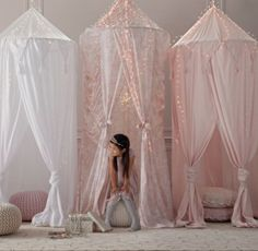 Antique Floral Play Canopy