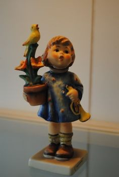 Super Rare Goebel Hummel Congratulations, by Porcelain Reinhold Unger in 1971