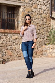 More pics and details:  http://www.withorwithoutshoes.com/2014/10/blusa-espalda-abierta-con-lazos.html  #outfit #fashionista #fashionblogger #withorwithoutshoes #patched