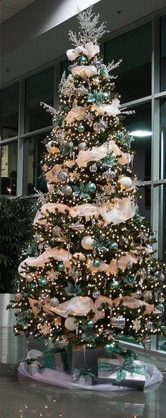 Christmas tree--I like the color combination--white, green and gold
