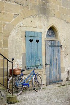 Not in Provence, but still a very beautiful little town: Mirepoix, Midi-Pyrenees, France Old Doors, Windows And Doors, Belle France, Door Knockers, Doorway, Belle Photo, Entrance, Beautiful Places, Photos