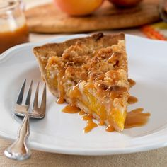 Salted Caramel Peach Crumble Pie by @EvilShenanigans