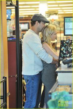 Joshua Jackson Cuddles Diane Kruger in the Checkout Line