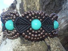 Artes da Zélia: bracelete de macramé